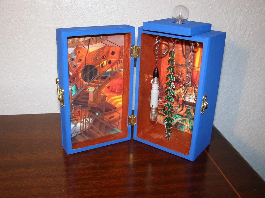 Just Folk Art Making a TARDIS Jewelry Box with Wood Panels