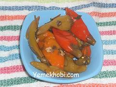 yağlı balık biberi turşusu
