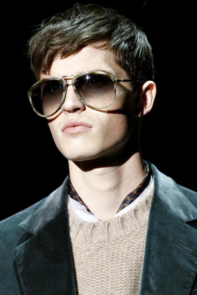 Taylor Cowan3005_2_FW12 Milan Gucci(VOGUE)