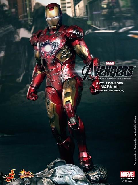 Hot-Toys-Battle-Damaged-Iron-Man-Mark-VII-004