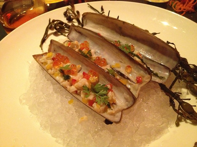 Chilled razor clam cru - Comme Ca