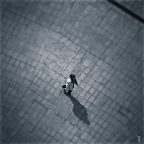 street people bw white black france walking de la brittany noir tour view bretagne nb sidewalk rue et loire pays blanc vue dart personne marche nantes ville trottoir atlantique naoned dhistoire