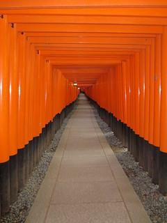 Neverending torii