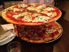 sicilian pizza(0.0), italian food(1.0), tarte flambã©e(1.0), pizza cheese(1.0), pizza(1.0), food(1.0), dish(1.0), european food(1.0), cuisine(1.0), pepperoni(1.0),