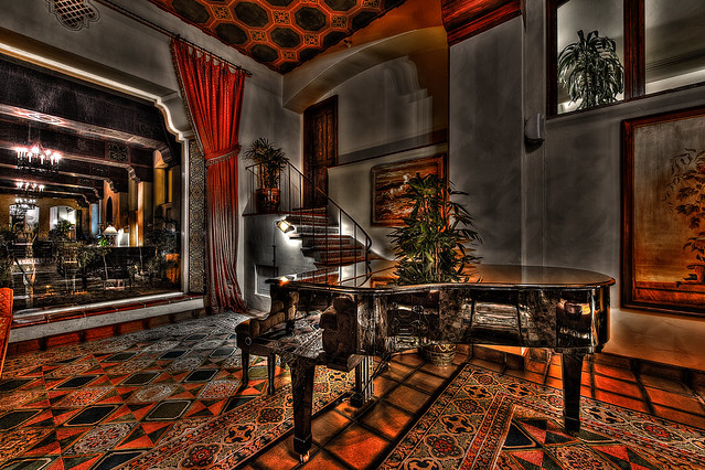 LV HDR Lobby 2 -- piano.jpg