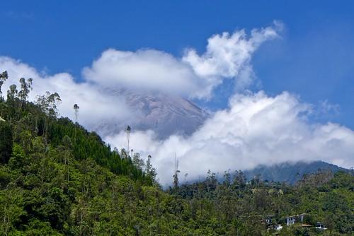 ecuador day cloudy hiking trail bellavista sendero baños hikes2013 rutun