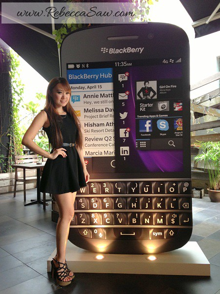 1 BB Q10 launch - price RM2388
