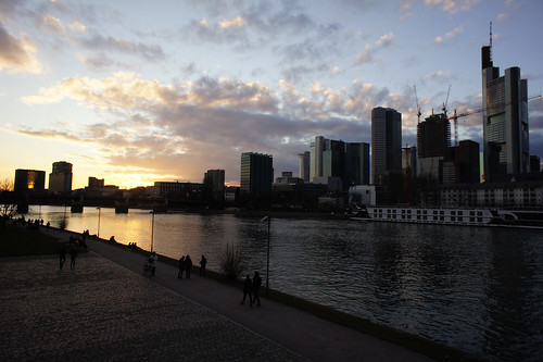 Frankfurt am Main sunset skyline
