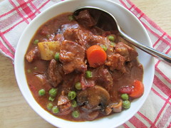 beef and beer stew on twothirtyate.com