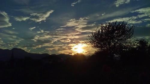 valdinon trentino italia italy sunset tramonto controluce backlight