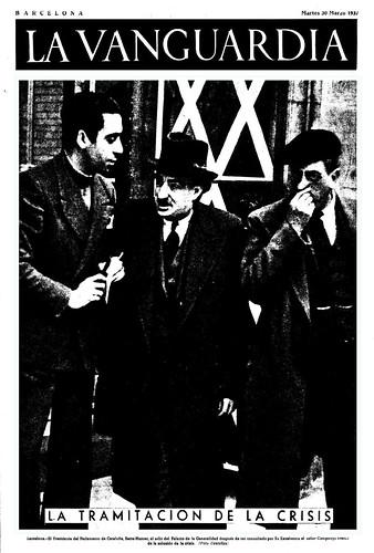 La Vanguardia, 30 de marzo de 1937, el presidente del Parlamento de Cataluña, señor Serra-Hunter a la salida de despachar con el Presidente Lluís Companys. by Octavi Centelles