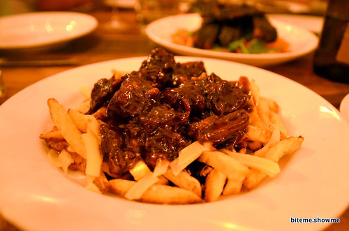 Animal - Poutine, oxtail gravy, cheddar