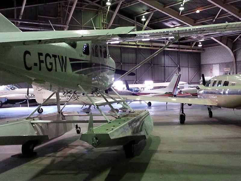 040-inside-hangar