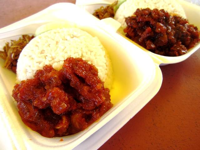 Nasi lemak - sotong & kerang