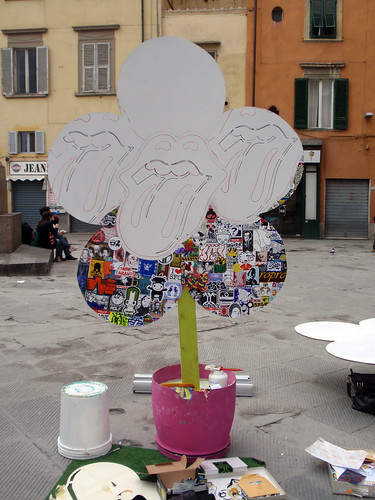"32th Stage ""Stick On Haring!"" in Tour -  ""Giardino Artistico"" in Piazza Garibaldi, Pisa (Italy)"
