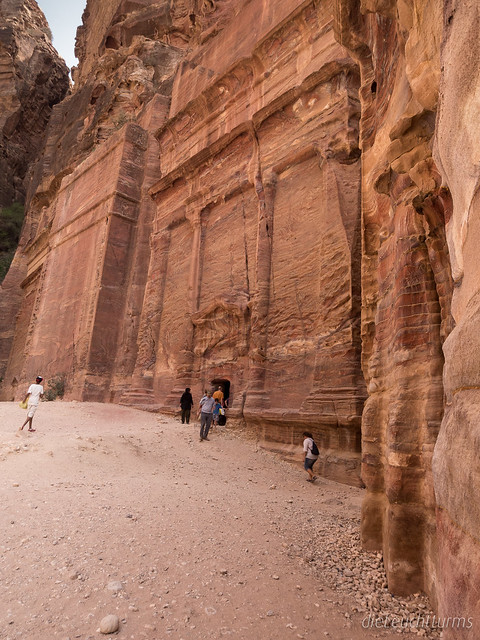 Nabataen tombs in evening sun