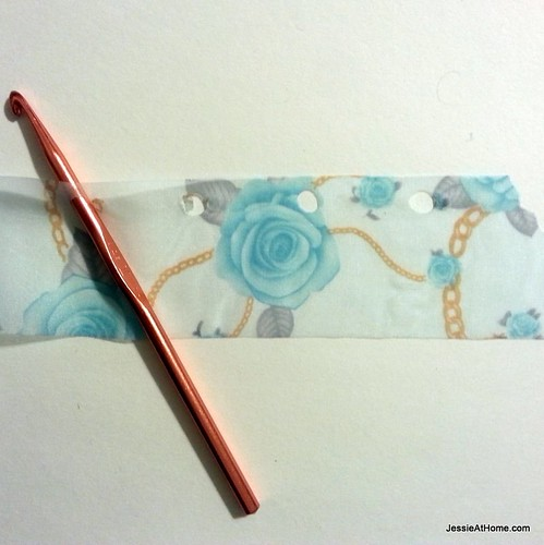 Fabric-Yarn-Flower-Tutorial-Step-1