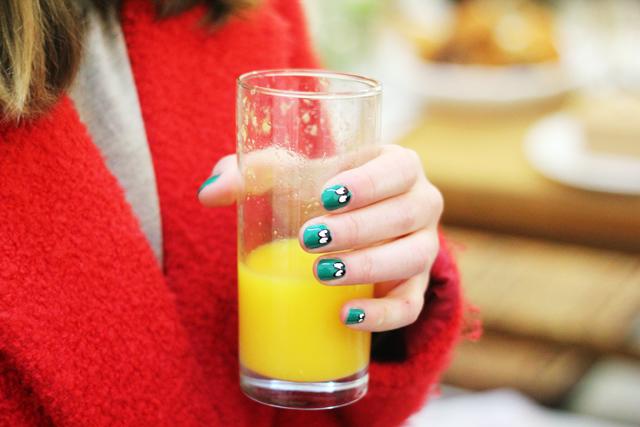 wah nails googly eyes nail art