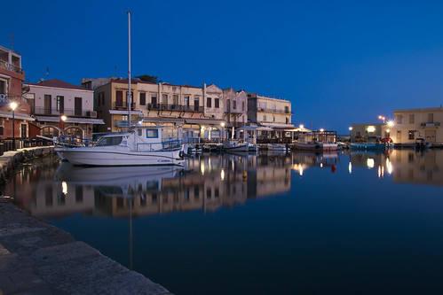 old sea sky reflection sunrise boats harbour crete rethymno κρήτη θάλασσα λιμάνι ανατολή παλιό αντανάκλαση ρέθυμνο ουρανόσ βάρκεσ