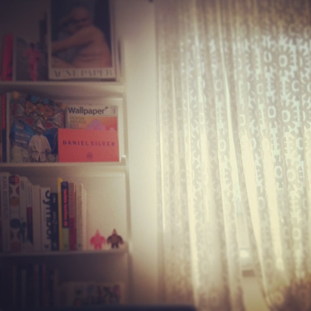 Godmorgon. #acnepaper #wallpaper #medicomtoy #henrikvibskov