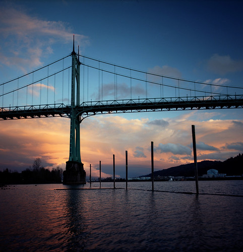 city bridge sunset urban 120 6x6 film oregon analog mediumformat square portland riverside pacificnorthwest pdx willametteriver stjohnsbridge pentaconsixtl bluemooncamera