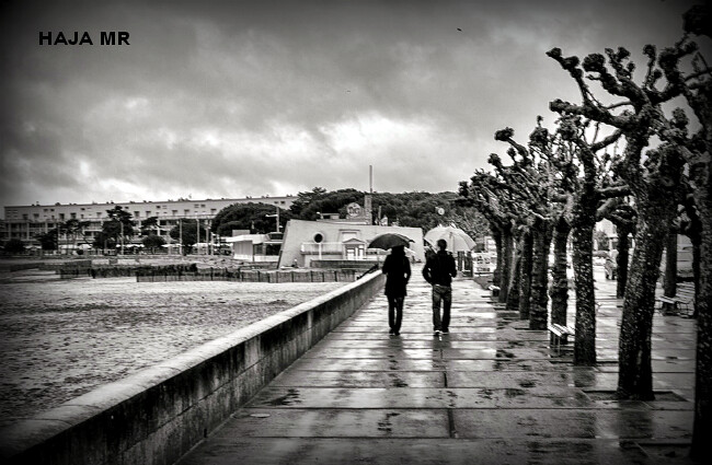 temps maussade, bourrasques et averses de pluie froide à Royan le 28 avril 2012 météopassion