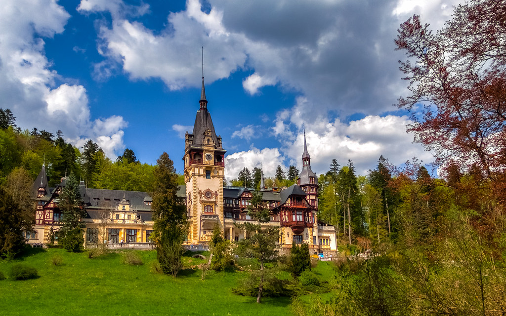 Peles Castle, Sinaia, Romania (HDR)