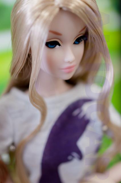Коллекционная кукла Promenade Amelie