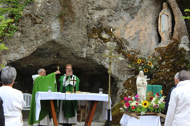 2016-09-18-Pèlerinage annuel à la grotte de Chézelles