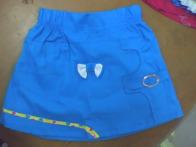 Moda faldas para ni as cortada en tela popelina dise o for Disenos de faldas