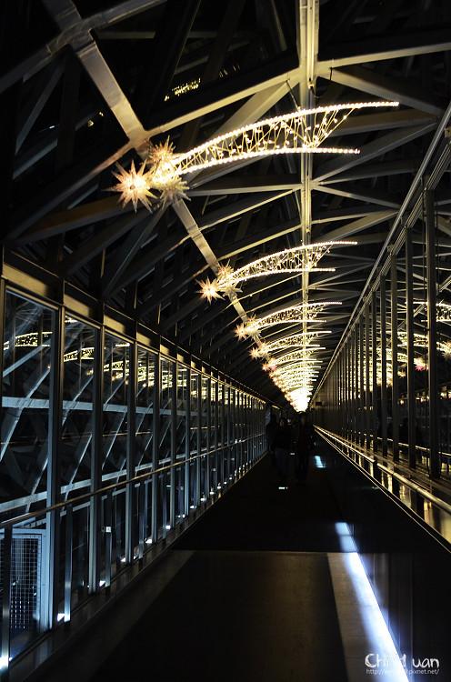 [日本。京都]京都車站空中徑路,漫步星夜,京都塔夜景