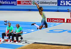 sprint(0.0), floor gymnastics(0.0), weightlifting(0.0), curling(0.0), athletics(1.0), jumping(1.0), sports(1.0), athlete(1.0),