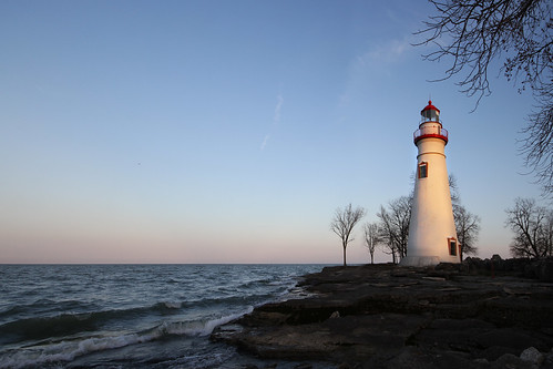 sunset ohio lighthouse marblehead lakeerie shoreline shore erie datenight mikekline michaelkline notkalvin notkalvinphotography