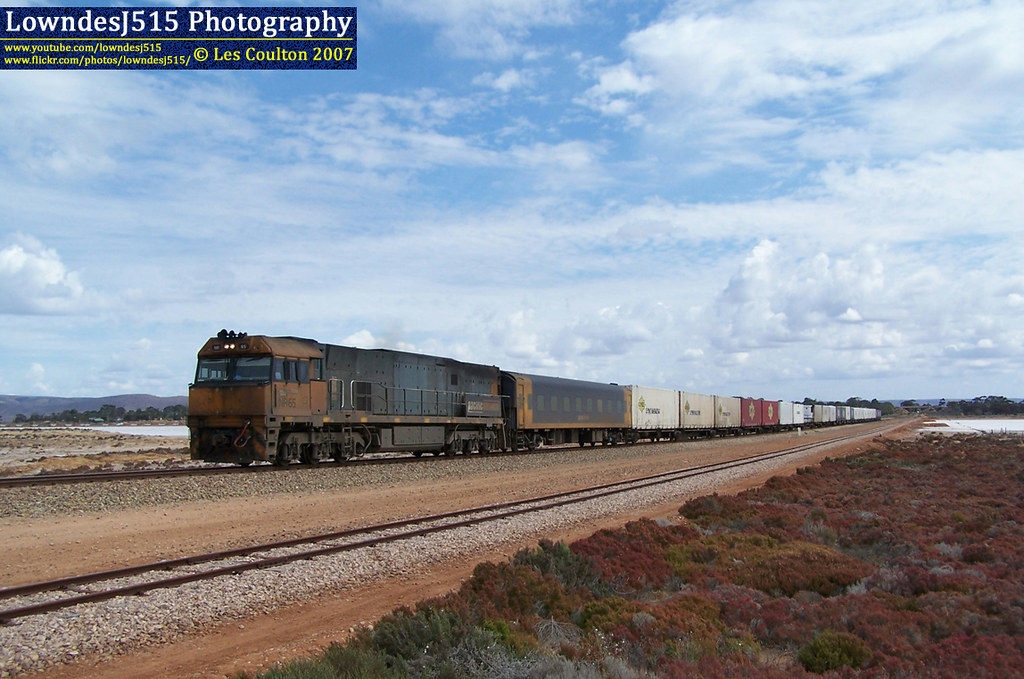 NR65 at Port Augusta by LowndesJ515
