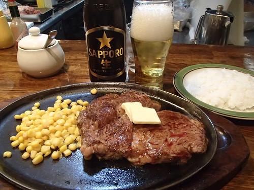 日本的鉄板牛肉焼 - naniyuutorimannen - 您说什么!