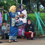 Flickr image thumbnail:Women in Asia 09