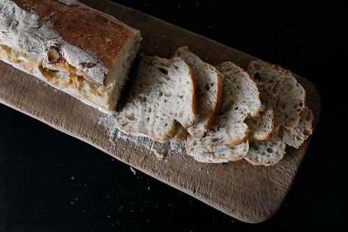 bröd med surdeg utan jäst