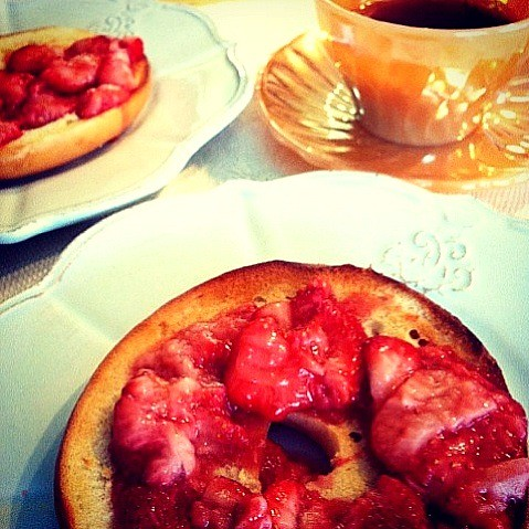 Freshly made Maple Strawberry on Bagel with coffee ☕