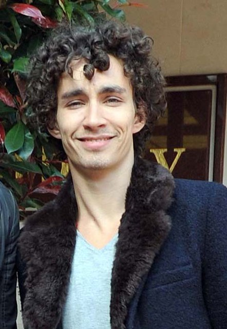 Photos | Robert Sheehan out and about with his brother ...