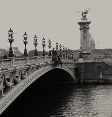 1287 Paris MONO 30