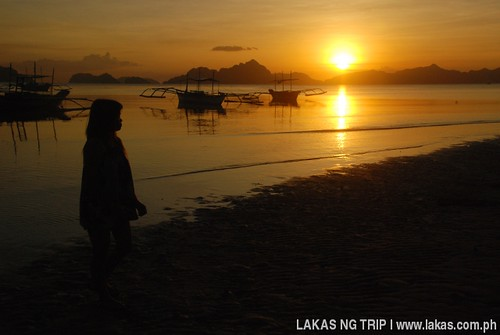 Sunset at Corong-Corong Beach in El Nido, Palawan
