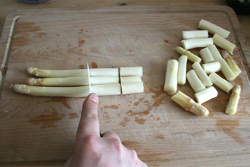 13 - Spargel zerkleinern / Mince asparagus