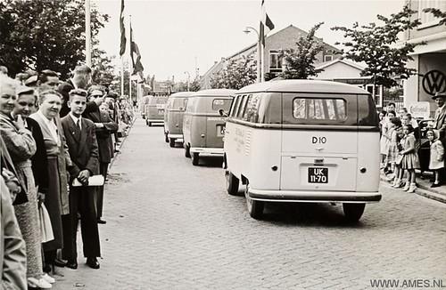 UK-11-70 Volkswagen Transporter kombi 1956
