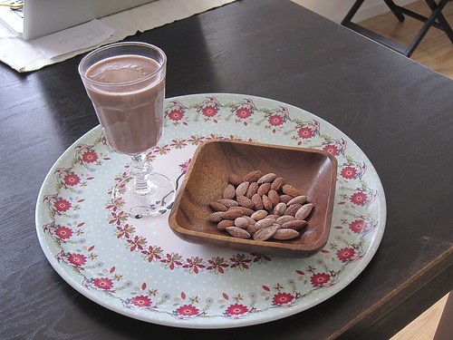 Sugar-free Chocolate Milk + Salted Almonds