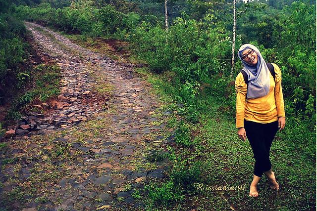 Di kaki gunung desa sirnaresmi cisolok 4 - photo by Rizal-001