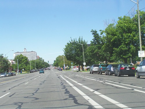 Salt Lake City'[s experimental cycletrack