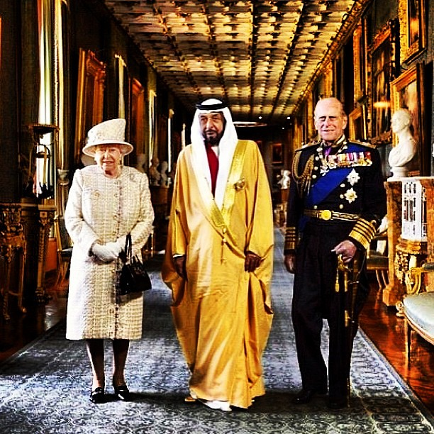 The Queen and Kings are more home to wealth than Service ?