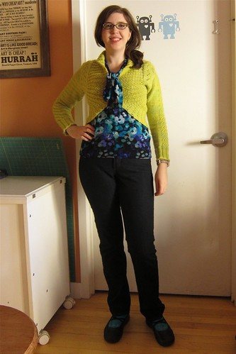 MMMay 1: Georgina cardi, Jalie scarf top & Waving Lace socks