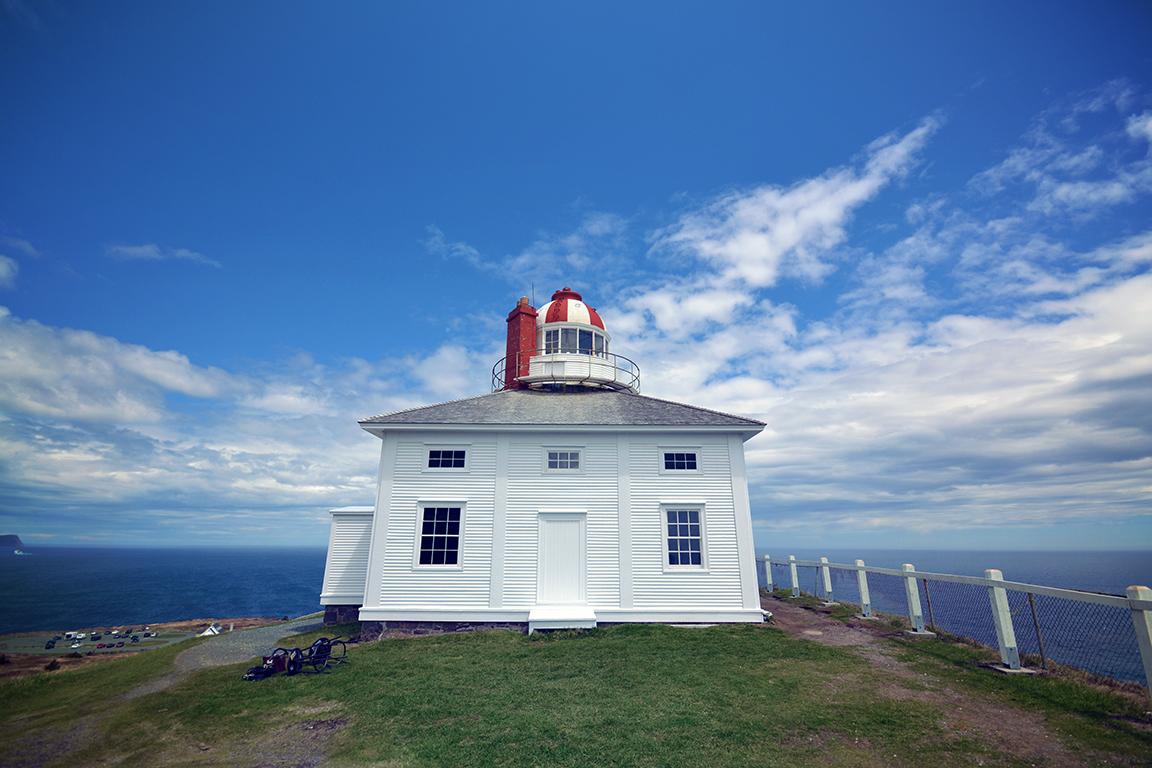 Dsc st john 39 s cape spear old lighthouse for Light house interior