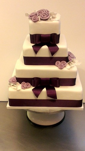 White Fondant Wedding Cake with Purple by CAKE Amsterdam - Cakes by ZOBOT